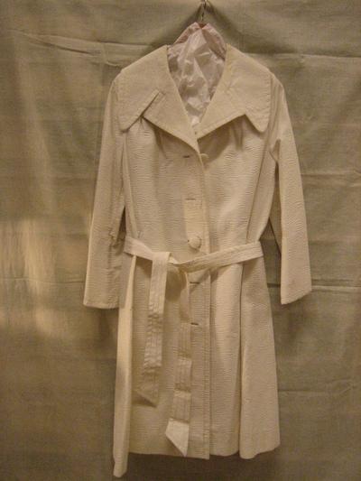 Mantel van witte