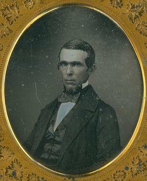 Image 6 x 5 cm; Cadre 9 x 8 cm; Portrait d'homme