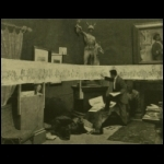 Vágó Pál, a mint Strobl műtermében az ezredévi ünnepre tervezett díszmenet vázlatán dolgozik