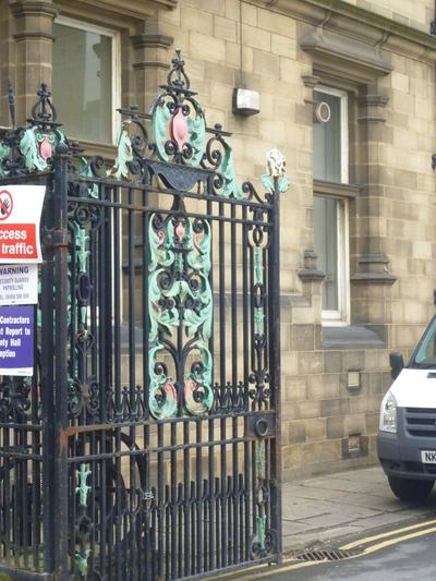 County Hall, Bond Street, Wakefield - Exterior gates