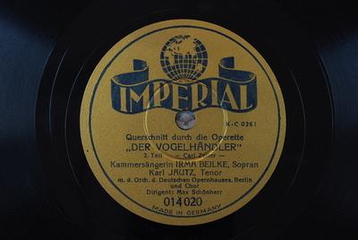 Image from object titled Der Vogelhändler / Auswahl