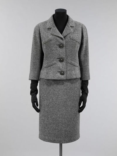 Jacket and skirt suit of woollen tweed, designed by Cristóbal Balenciaga, made in Paris, 1954.