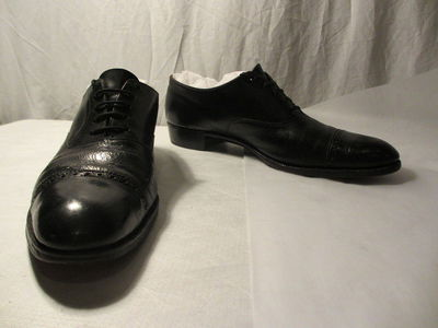 Pair of men's Oxford shoes, designed by Patrick Cox, Great Britain, 1988.  ;;