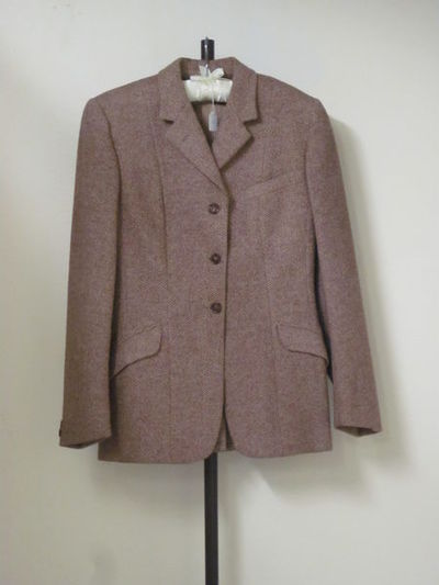 Woman's riding jacket, light brown tweed, Harry Hall, Great Britain, 1950-75.  Tweed.