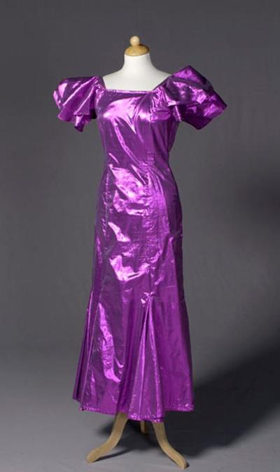 kostuum gedragen door Jenny Arean in het finale nummer uit de musical De zoon van Louis Davids van Gerben Hellinga en Jacques Klöters