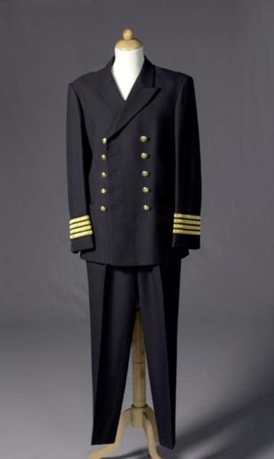 Kostuum gedragen door Henk Smit als Kapitein in Wintercruise (Hans Henkemans)