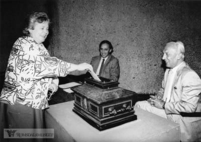 Image from object titled Stemmegiving under valget i 1987
