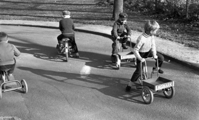 Image from object titled Trafiklekskolan 4 maj 1965