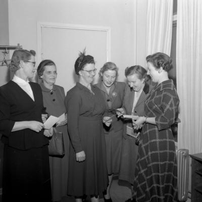 Kvinnosjukdomar. Lasarettet. 3 december 1954.