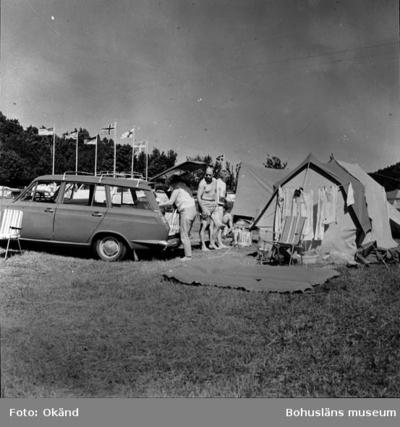 """Image from object titled Enligt Bengt Lundins noteringar: """"KÄRR. Ljungskile camping Vykort TF S 156 Foto BL 1176""""."""