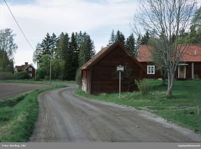 File:Tegelsmora kyrka - KMB - patient-survey.net