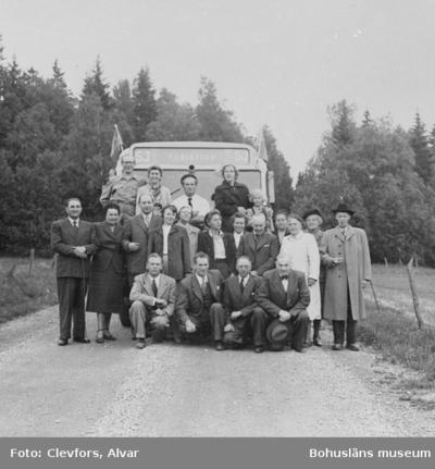 """Text till bilden: """"Dansbandsturen. 1951.06.06"""""""
