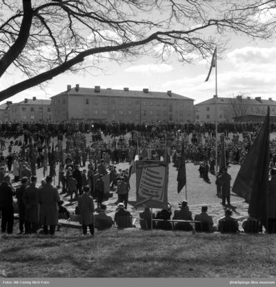 Image from object titled Demonstration i Mjölkafållan i Huskvarna den 1 maj.