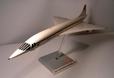 model & aircraft