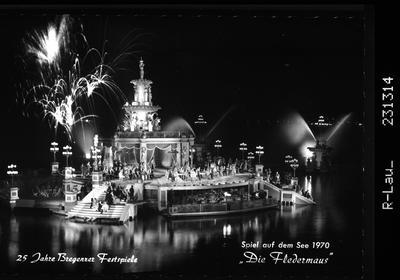 Image from object titled 25 Jahre Bregenzer Festspiele / Spiel auf dem See 1970 - Die Fledermaus