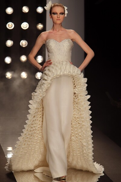 Image from object titled Fausto Sarli, Spring-Summer 2010, Couture