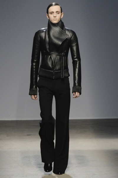 Gareth Pugh , Autumn-Winter 2010, Womenswear