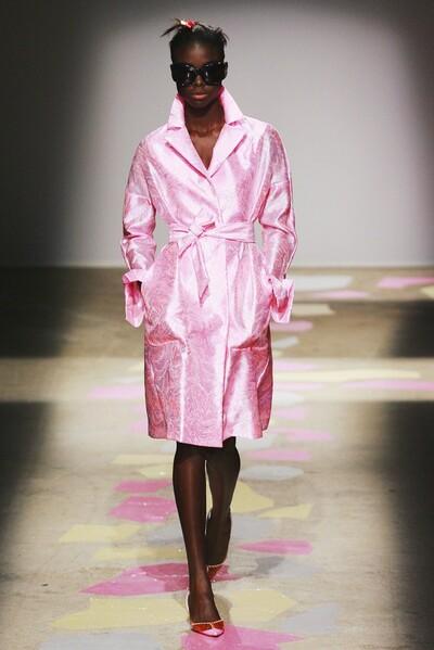 Giles Deacon, Spring-Summer 2010, Womenswear