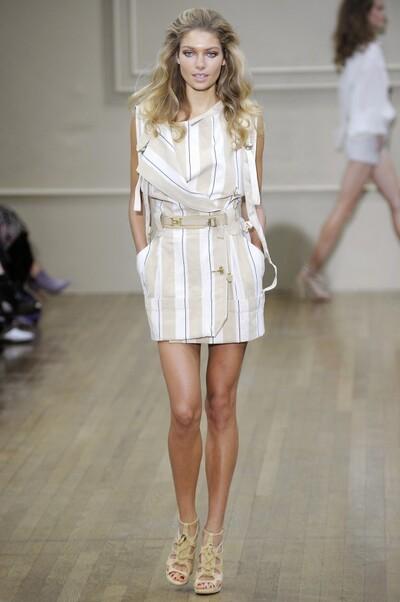 Julien MacDonald , Spring-Summer 2011, Womenswear