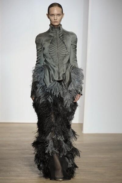 Yiqing Yin CoutureAutumn-Winter 2013