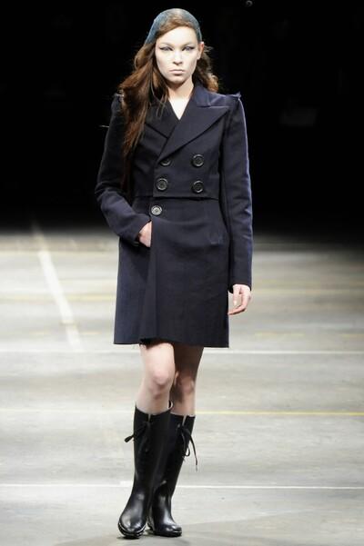 Yohji Yamamoto , Autumn-Winter 2010, Womenswear