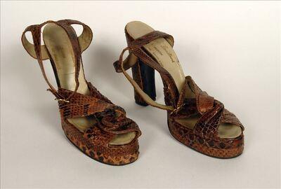 Schoenen in bruin slangenleer