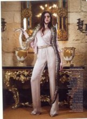 Editorial Page from Harper's Bazaar(gb), 042007