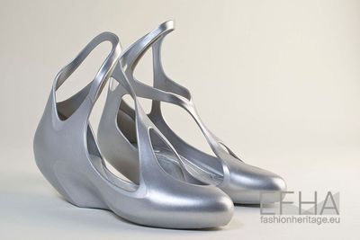 Image from object titled Sapatos