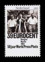 Postzegel Nederland 2005 50 jaar World Press Photo: Douglas Martin, USA, 1957