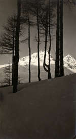 Winter, Sneeuw, stemmingsfoto's.  Een Zonsopgang in de Alpen bij St. Moritz, Zwitserland 1922.