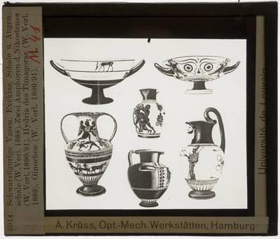 Oud-Grieks aardewerk. Zwartfigurige stijl. Vijf vazen