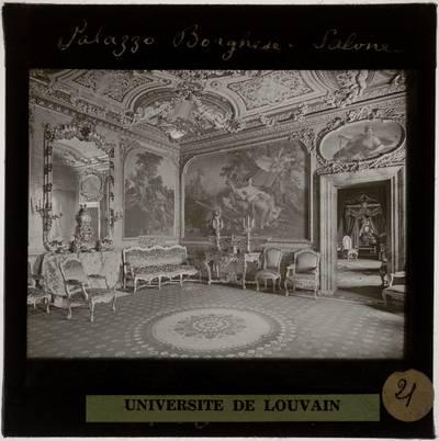 Roma. Villa Borghese Pinciana :Interieur: Salon