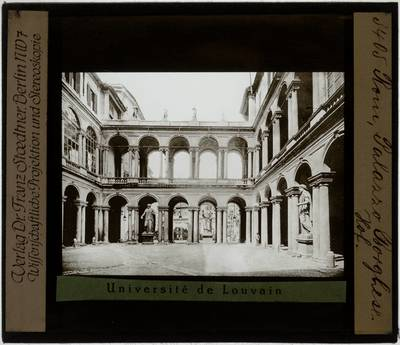 Roma. Palazzo Borghese :Cortile