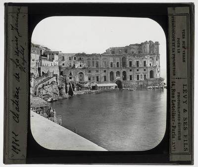 Napoli. Palazzo Donn'Anna :Exterieur
