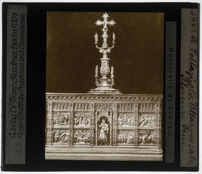 Altaar van het baptisterium van Sint Johannes, Florence :Met zilver kruisbeeld van Antonio Pollaiuolo