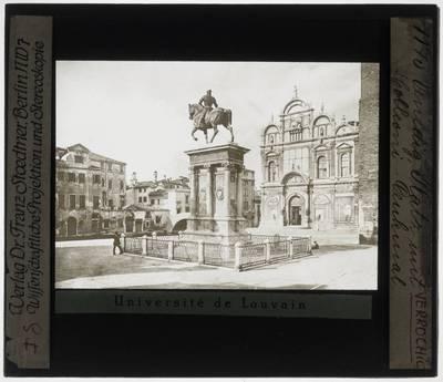 Andrea del Verrocchio. Alessandro Leopardi. Ruiterstandbeeld van Bartolomeo Colleoni :Aanzicht van rechts, achteraan