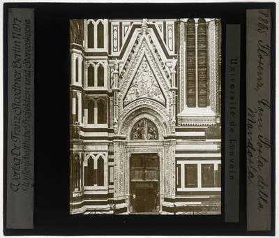 Firenze. Cattedrale di Santa Maria del Fiore. Porta della mandorla