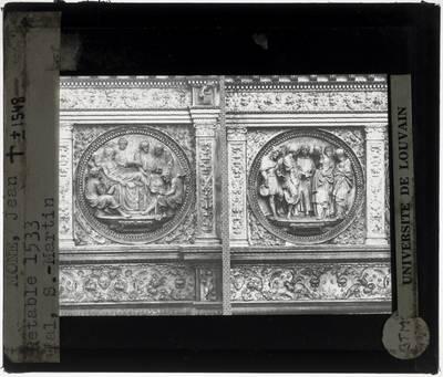 Jean Mone. Sacrementsretabel :Detail: Reliëfmedaillons Heilig Oliesel en Huwelijk