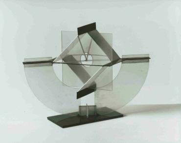 Modell für Raumkonstruktion mit Balance auf zwei Punkten
