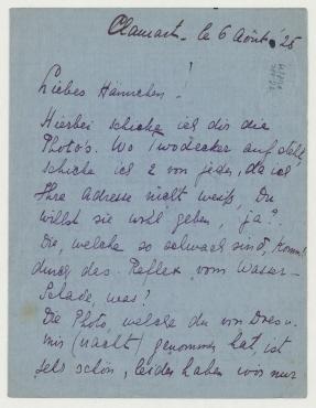 Brief von Nelly van Doesburg an Hannah Höch. Clamart