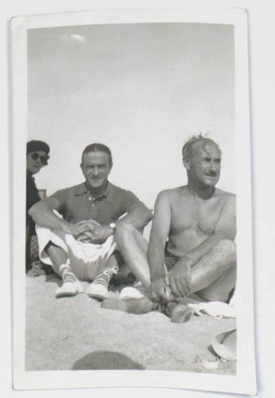 Fotografie von Ernst Deutsch Dryden, Tilly Losch/ Steffi Duna (?) und einem weiteren Mann