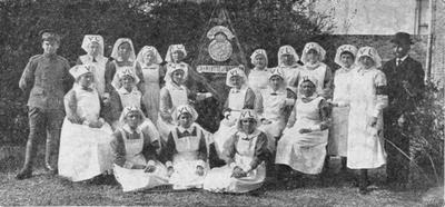"""Vrijwillige Landstorm te Zierikzee. De dames weerbaar, onder de naam """"Charlotte de Bourbon"""""""