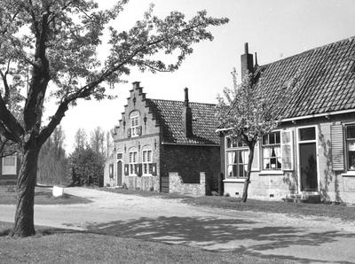 """Burgh. Burghsering. Deze plaats was ook wel bekend als """"De Zwarten Hoek""""."""