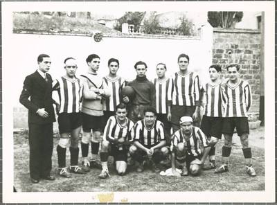 Image from object titled [Equip de futbol]