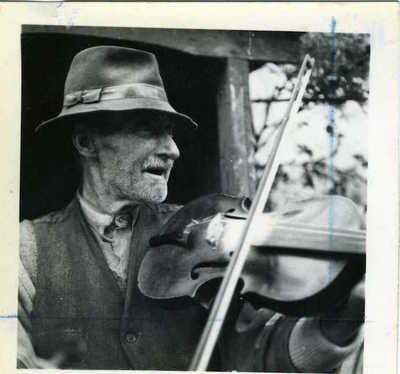 William Robinson. Brackenhill, Ballyclare, Co. Antrim, Northern Ireland, 1953