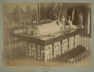 [Tombeau de Philippe le Hardi]; [Tombeau de Philippe le Hardi, duc de Bourgogne mort en 1404]