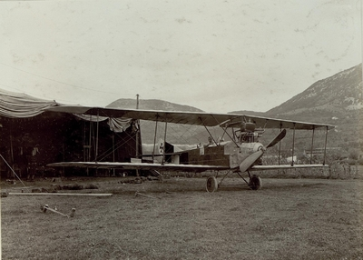 Image from object titled Flugzeug in Aissovizza