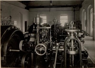 Image from object titled Innenraum des Elektrowerkes LASSACH. Aufgenommen am 31. Mai 1916.