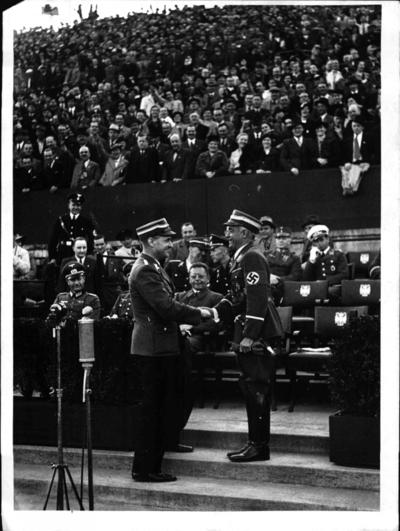 Image from object titled Fußball-Länderkampf Österreich - Deutschland 2:0