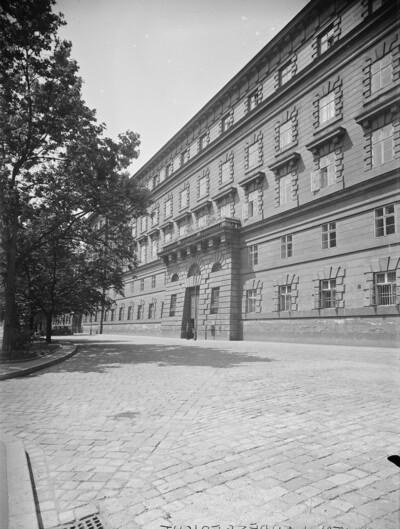 Landesgerichtsgebäude, Wien - 1. Bezirk (Wien), Landesgerichtsstraße